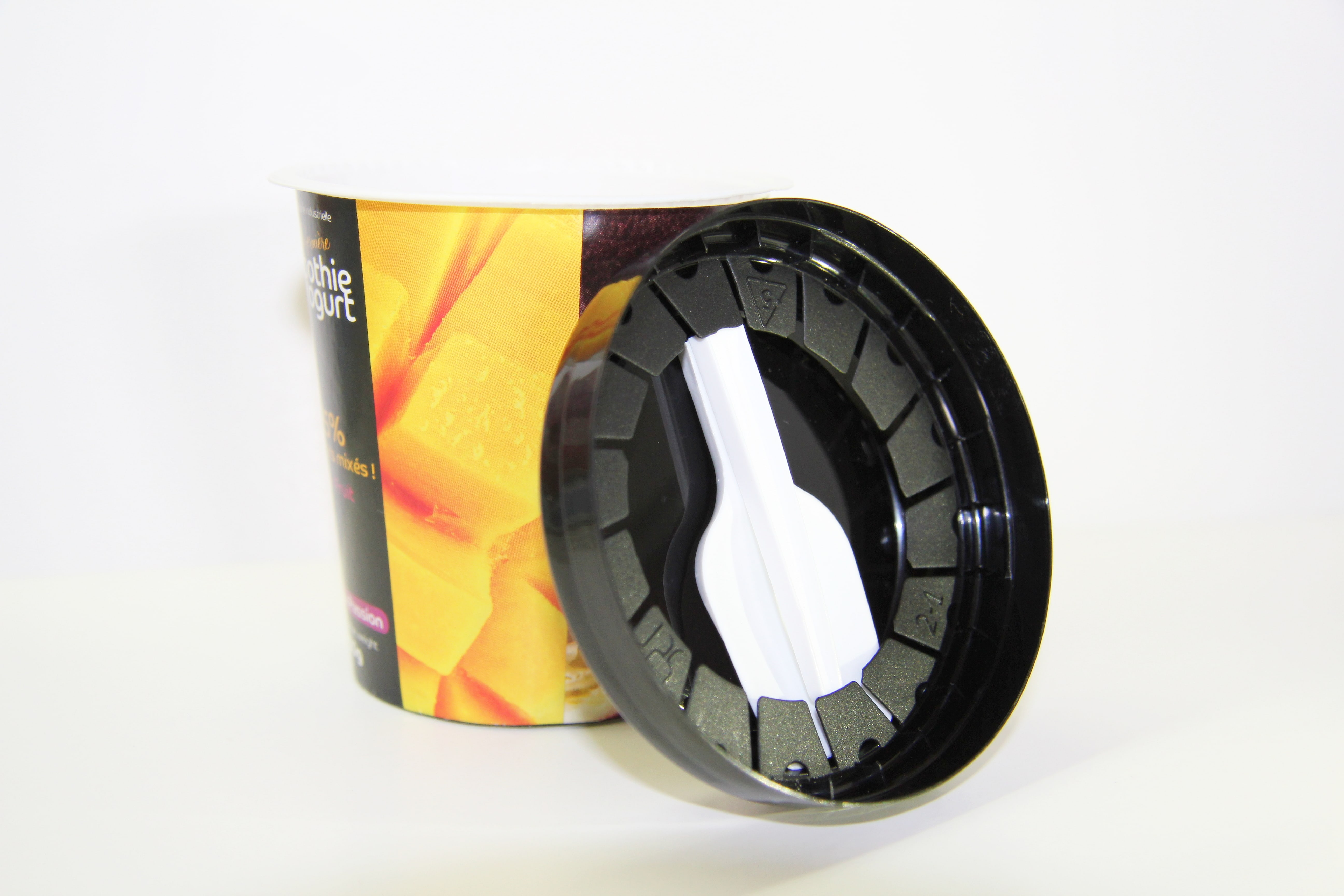 Крышка с ложкой 75/ 95 диаметр под индивидуальный заказ в киеве по отличной цене